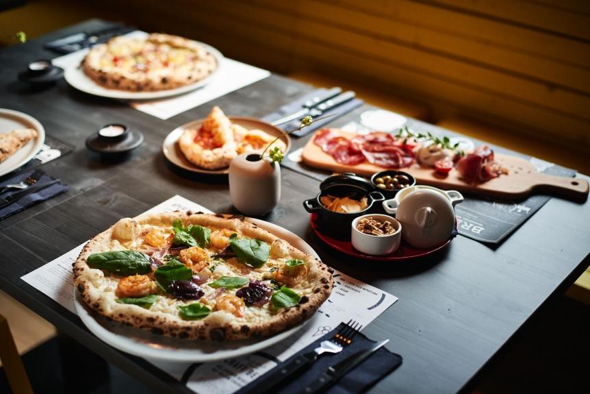 Neapolitanische Pizza und mehr